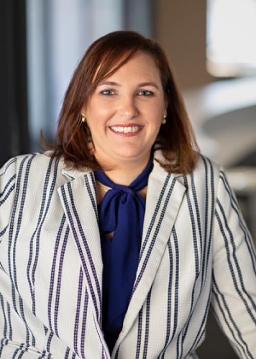 DPM Executive Portraiture - Amelia Jones